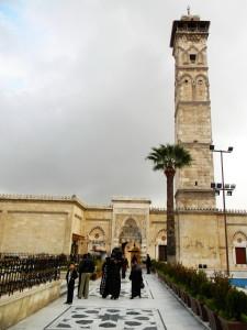 26-Aleppo-al-Jāmiʿ al-Kabīr, minaret reduced to rubble